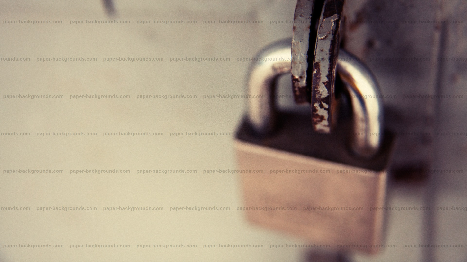 Vintage Close-up Macro Lock on Metal Gate HD